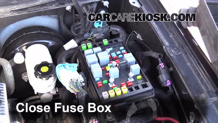 2009 GMC Envoy SLE 4.2L 6 Cyl.%2FFuse Engine Part 2 replace a fuse 2002 2009 gmc envoy 2006 gmc envoy slt 4 2l 6 cyl 04 gmc envoy fuse box under back seat at crackthecode.co