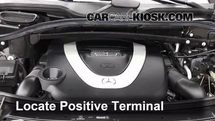 How to Jumpstart a 2007-2012 Mercedes-Benz GL450 - 2009