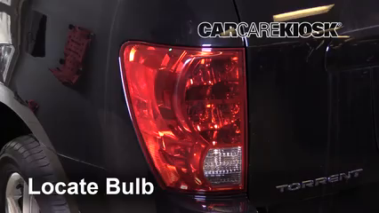 2009 Pontiac Torrent GXP 3.6L V6 Lights Tail Light (replace bulb)