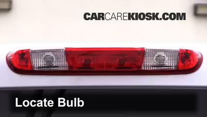 2009 Chevrolet Silverado 3500 HD LT 6.6L V8 Turbo Diesel Crew Cab Pickup (4 Door) Luces Luz de freno central (reemplazar foco)