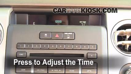 2009 Ford F-150 XLT 5.4L V8 FlexFuel Crew Cab Pickup (4 Door) Horloge