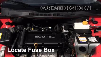 2009 Pontiac G3 1.6L 4 Cyl. Fuse (Engine)