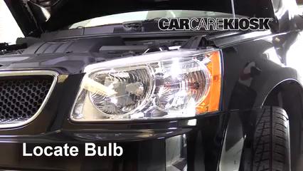 2009 Pontiac Torrent GXP 3.6L V6 Lights Headlight (replace bulb)