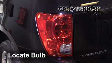 2009 Pontiac Torrent GXP 3.6L V6 Lights Reverse Light (replace bulb)