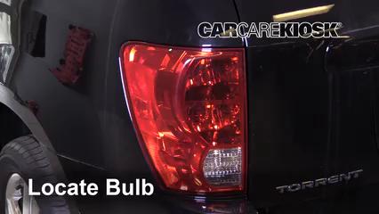 2009 Pontiac Torrent GXP 3.6L V6 Lights Turn Signal - Rear (replace bulb)