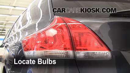 2009 Toyota Venza 2.7L 4 Cyl. Lights Tail Light (replace bulb)