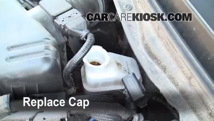 hyundai elantra brake fluid level check