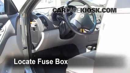 interior fuse box location 2007 2012 hyundai elantra 2010 hyundai hyundai sonata fuse panel locate interior fuse box and remove cover