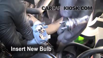 changing vw jetta headlight bulb