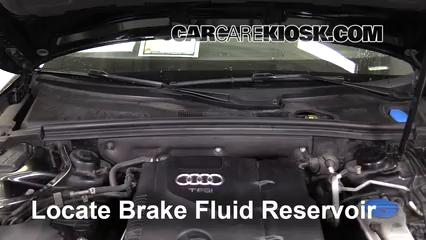 2010 Audi A5 Quattro 2.0L 4 Cyl. Turbo Liquide de frein Contrôler le niveau de liquide de frein