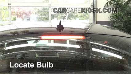 2010 Audi A5 Quattro 2.0L 4 Cyl. Turbo Éclairage Feu de freinage central (remplacer l'ampoule)