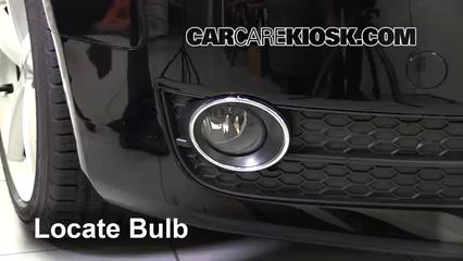 2010 Audi A5 Quattro 2.0L 4 Cyl. Turbo Éclairage Feu antibrouillard (remplacer l'ampoule)