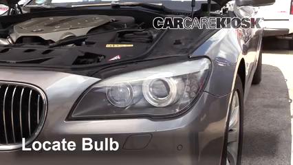 2010 BMW 750Li 4.4L V8 Turbo Éclairage Feu clignotant avant (remplacer l'ampoule)