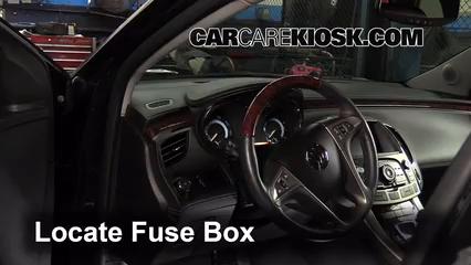 2010 Buick LaCrosse CXL 3.0L V6 Fusible (intérieur)