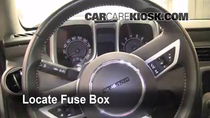 2010 Chevrolet Camaro SS 6.2L V8 Fusible (interior)