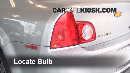 2010 Chevrolet Malibu LT 2.4L 4 Cyl. Luces Luz trasera (reemplazar foco)