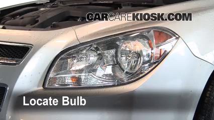 2010 Chevrolet Malibu LT 2.4L 4 Cyl. Luces Luz de carretera (reemplazar foco)