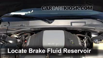 2010 Dodge Challenger RT 5.7L V8 Brake Fluid