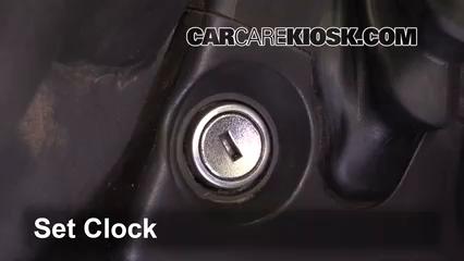 2010 Ford F-250 Super Duty XLT 6.4L V8 Turbo Diesel Standard Cab Pickup Reloj