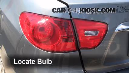 2010 Hyundai Elantra GLS 2.0L 4 Cyl. Luces Luz de giro trasera (reemplazar foco)