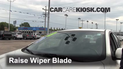 2010 Kia Forte EX 2.0L 4 Cyl. Sedan (4 Door) Windshield Wiper Blade (Front) Replace Wiper Blades