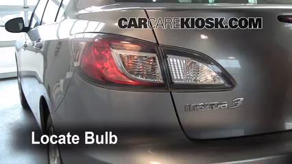2010 Mazda 3 i 2.0L 4 Cyl. Luces Luz trasera (reemplazar foco)