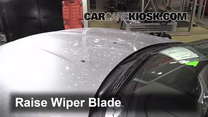 Front Wiper Blade Change Bmw Z4 2009 2016 2011 Bmw Z4 Sdrive30i