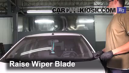 2011 Chevrolet Beat Campus 1.0L 4 Cyl. Windshield Wiper Blade (Front)