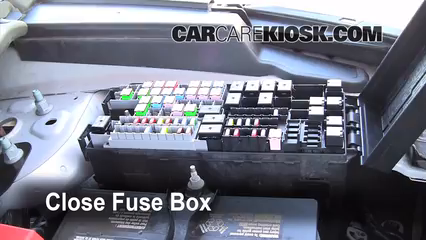 2011 Ford Explorer XLT 3.5L V6%2FFuse Engine Part 2 replace a fuse 2011 2016 ford explorer 2011 ford explorer xlt 2016 ford explorer fuse box location at mifinder.co