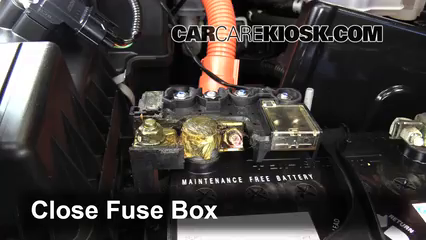 replace a fuse 2011 2016 honda cr z 2011 honda cr z ex 1 5l 4 cyl honda accord fuse box 6 replace cover secure the cover and test component
