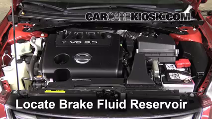 2011 Nissan Altima SR 3.5L V6 Sedan Brake Fluid