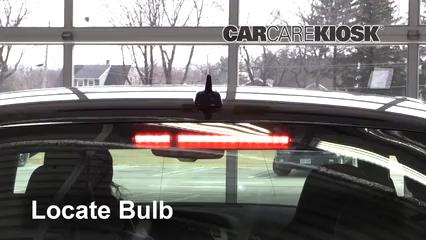 2011 Audi S4 3.0L V6 Supercharged Éclairage Feu de freinage central (remplacer l'ampoule)