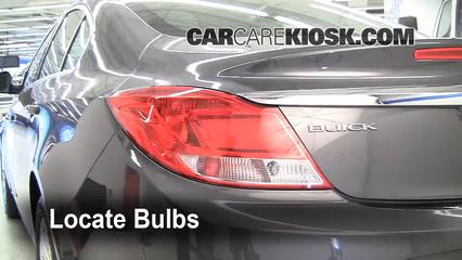2011 Buick Regal CXL 2.4L 4 Cyl. Lights