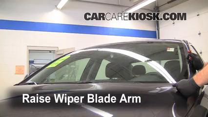 2011 Buick Regal CXL 2.4L 4 Cyl. Windshield Wiper Blade (Front)