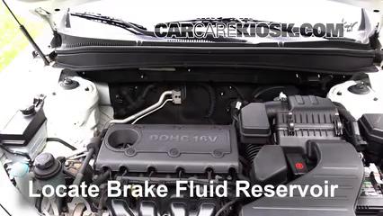 2011 Hyundai Santa Fe GLS 2.4L 4 Cyl. Brake Fluid