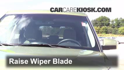 2011 Kia Soul Plus 2.0L 4 Cyl. Windshield Wiper Blade (Front)