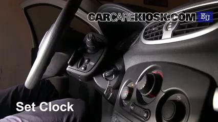 2011 Renault Clio dCi 1.5L 4 Cyl. Turbo Diesel Reloj