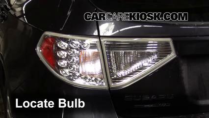 2011 Subaru Impreza 2.5i Premium 2.5L 4 Cyl. Wagon Luces Luz de giro trasera (reemplazar foco)