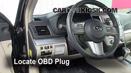 2011 Subaru Legacy 2.5i Premium 2.5L 4 Cyl. Compruebe la luz del motor