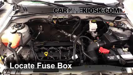 replace a fuse: 2005-2012 ford escape