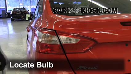 2012 ford focus se 2 0l 4 cyl  sedan lights reverse light (replace bulb