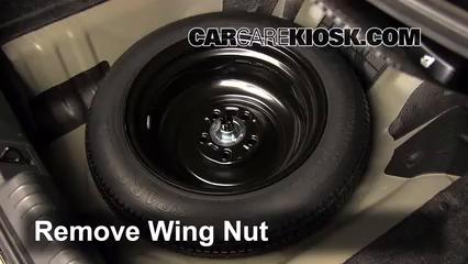 fix  flat tire honda civic    honda civic dx   cyl sedan