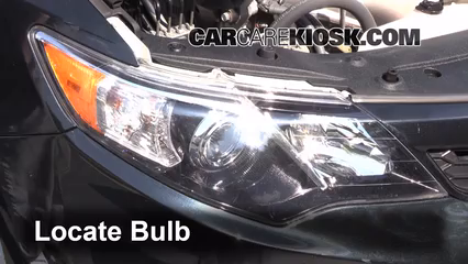 2012 Toyota Camry LE 2.5L 4 Cyl. Lights Turn Signal - Front (replace bulb)