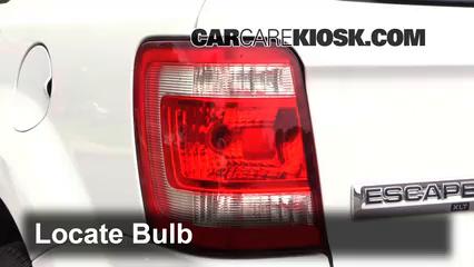 2012 Ford Escape XLT 2.5L 4 Cyl. Éclairage