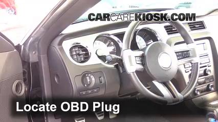 2012 Ford Mustang GT 5.0L V8 Coupe Compruebe la luz del motor Diagnosticar