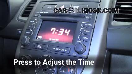 2012 Kia Soul ! 2.0L 4 Cyl. Clock