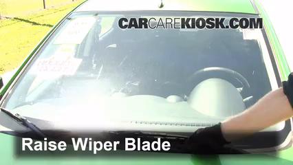 2012 Mazda 2 Touring 1.5L 4 Cyl. Hatchback (4 Door) Windshield Wiper Blade (Front)