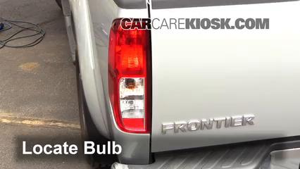 2012 Nissan Frontier SL 4.0L V6 Crew Cab Pickup Luces Luz de giro trasera (reemplazar foco)