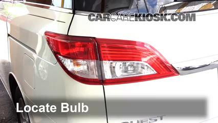2012 Nissan Quest SV 3.5L V6 Lights