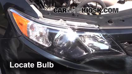 2012 Toyota Camry LE 2.5L 4 Cyl. Luces Faro delantero (reemplazar foco)